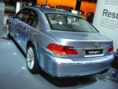 BMW Hydrogen 7-Series Car