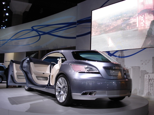 "CHRYSLER'S ""NASSAU"" CONCEPT ON DISPLAY"