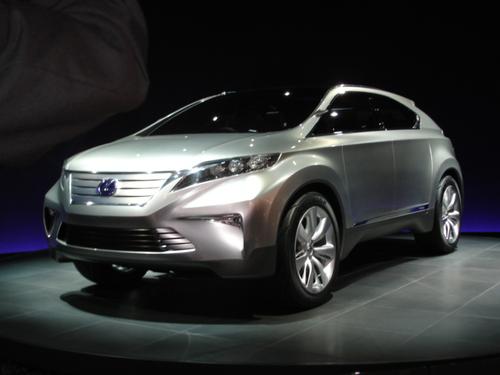 """Lexus' """"Tough-Looking"""" RX Concept"""