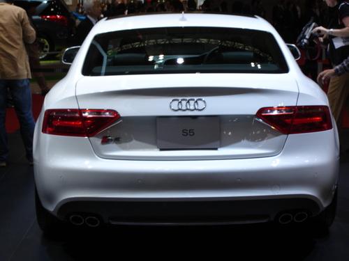 Audi S5, rear view