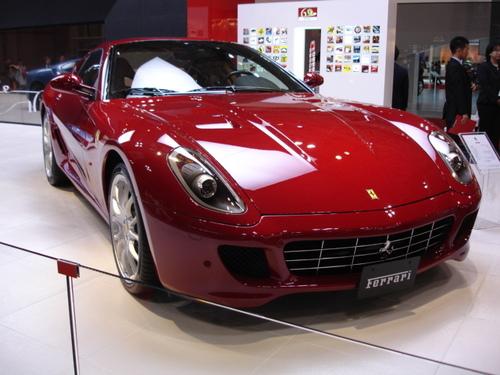 Ferrari F430 --- Ferrari's Newest V8