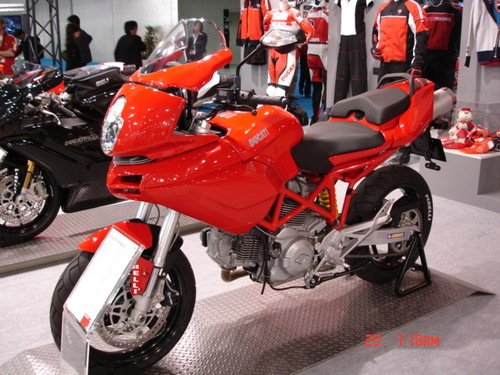 Ducati Road Machine