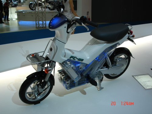 FC-M2 Fuel Cell Scooter