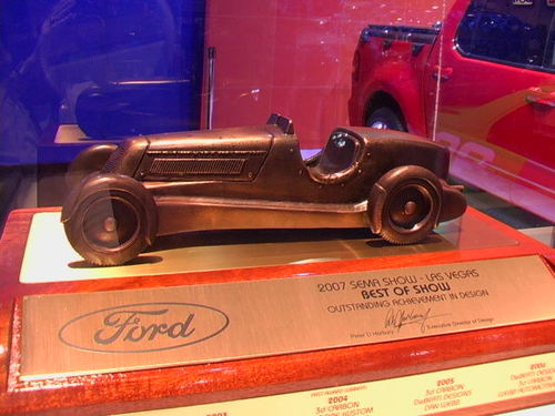 FORD COPS SEMA'S 'BEST DESIGN' AWARD